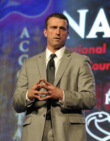 Chris Herren sharing message